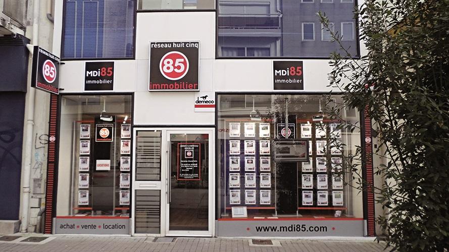 Agence immobili re la roche sur yon agence immobili re for Agence immobiliere 85